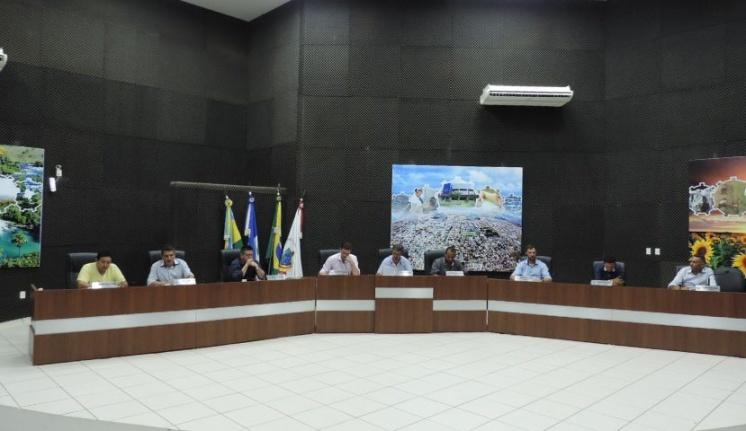 Vereadores realizam primeira sessão ordinária do mês de outubro