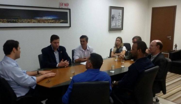 Vereadores tratam questões de infraestrutura com secretário de Desenvolvimento Econômico do Estado