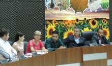 Secretária municipal de Infraestrutura participa de sessão ordinária para responder questionamentos