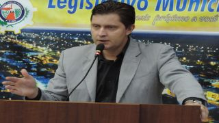 Professor Leandro Martins propõe a criação da Gibiteca Itinerante